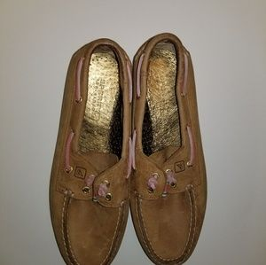 Sperry leather slip on shoes